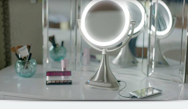 Цифровое зеркало для нанесения макияжа